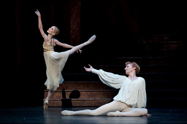 Sarah Lamb and Steven McRae in Romeo and Juliet © ROH 2015. Photo by Alice Pennefather